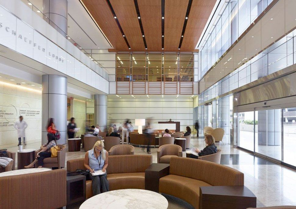 Circa seating and tables in the lobby of CEDARS-SINAI