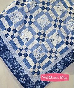 blue white dark blue patchwork quilt Google da Ara
