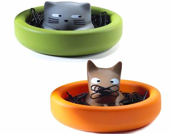 Magnet Cat/Dog Paper Clip Holder Cat Office Supplies Cat pen