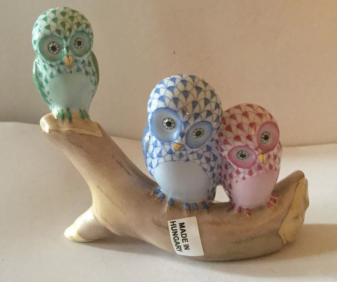 "Herend Owls on Branch Green Blue Raspberry 4 25""w x 3 5""H Retail $625 