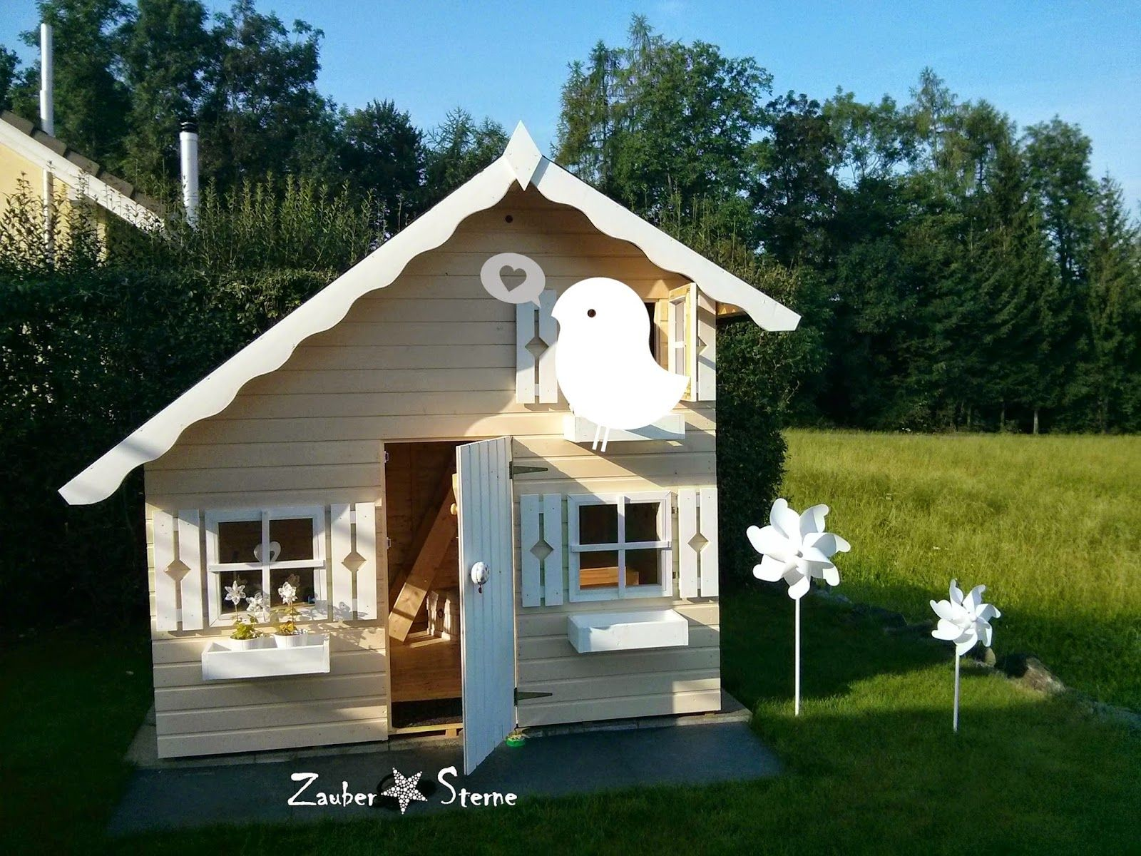spielhaus tom kinderspielhaus kinder spielhaus pinterest playhouses play houses and. Black Bedroom Furniture Sets. Home Design Ideas