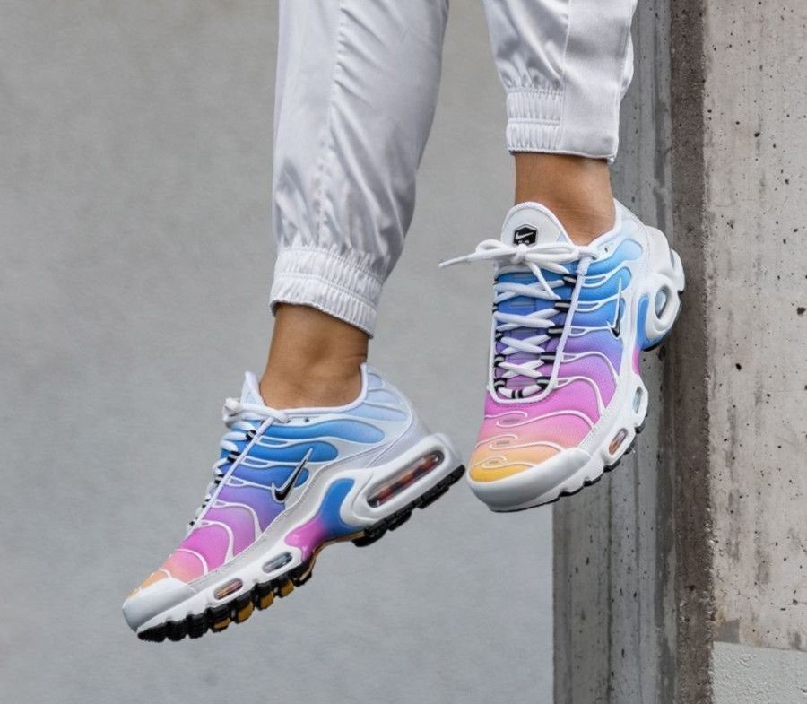 Rare Womens Nike Air Max Plus Tn White Multicolor Size 7 Brand New With Box Color White Black Universi Nike Shoes Air Max Nike Sneakers Women Nike Air Shoes