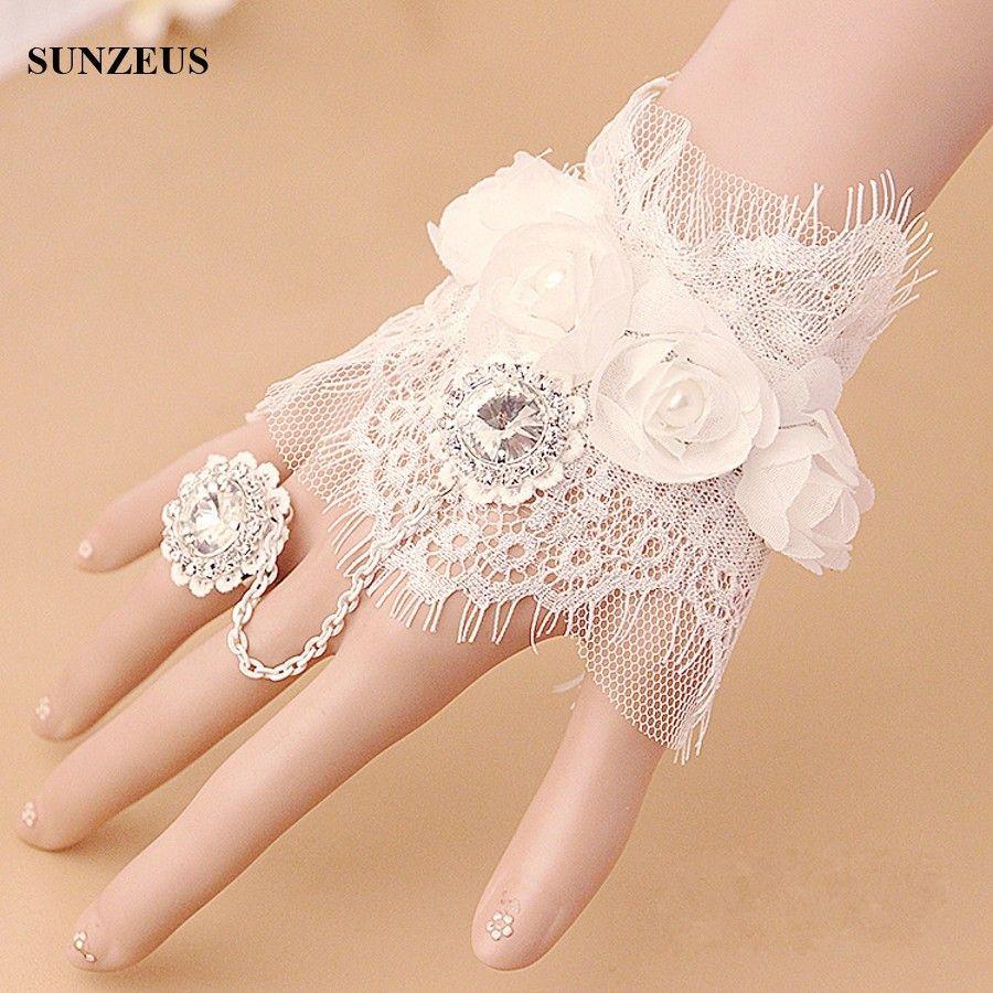 Ivory Wristband Short Bridal Gloves Lace Wedding Gloves With