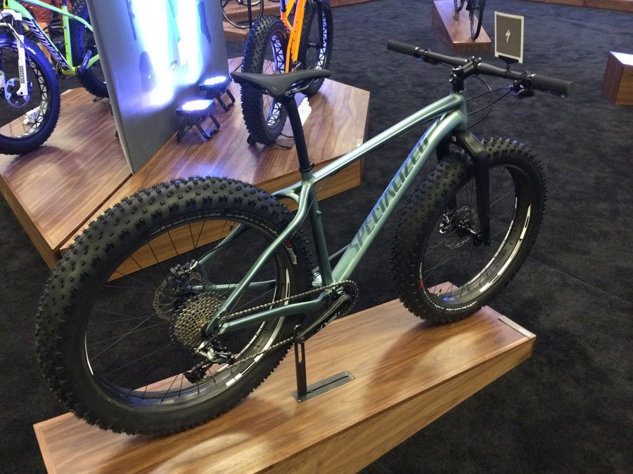 Fatboy Expert Model 2015 Mountain Bike By Specialized Fatbike