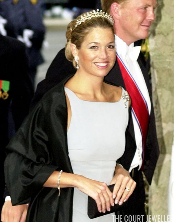 Royal Jewel Rewind: Haakon and Mette-Marit's Wedding (2001) | The Court Jeweller | Princess ...
