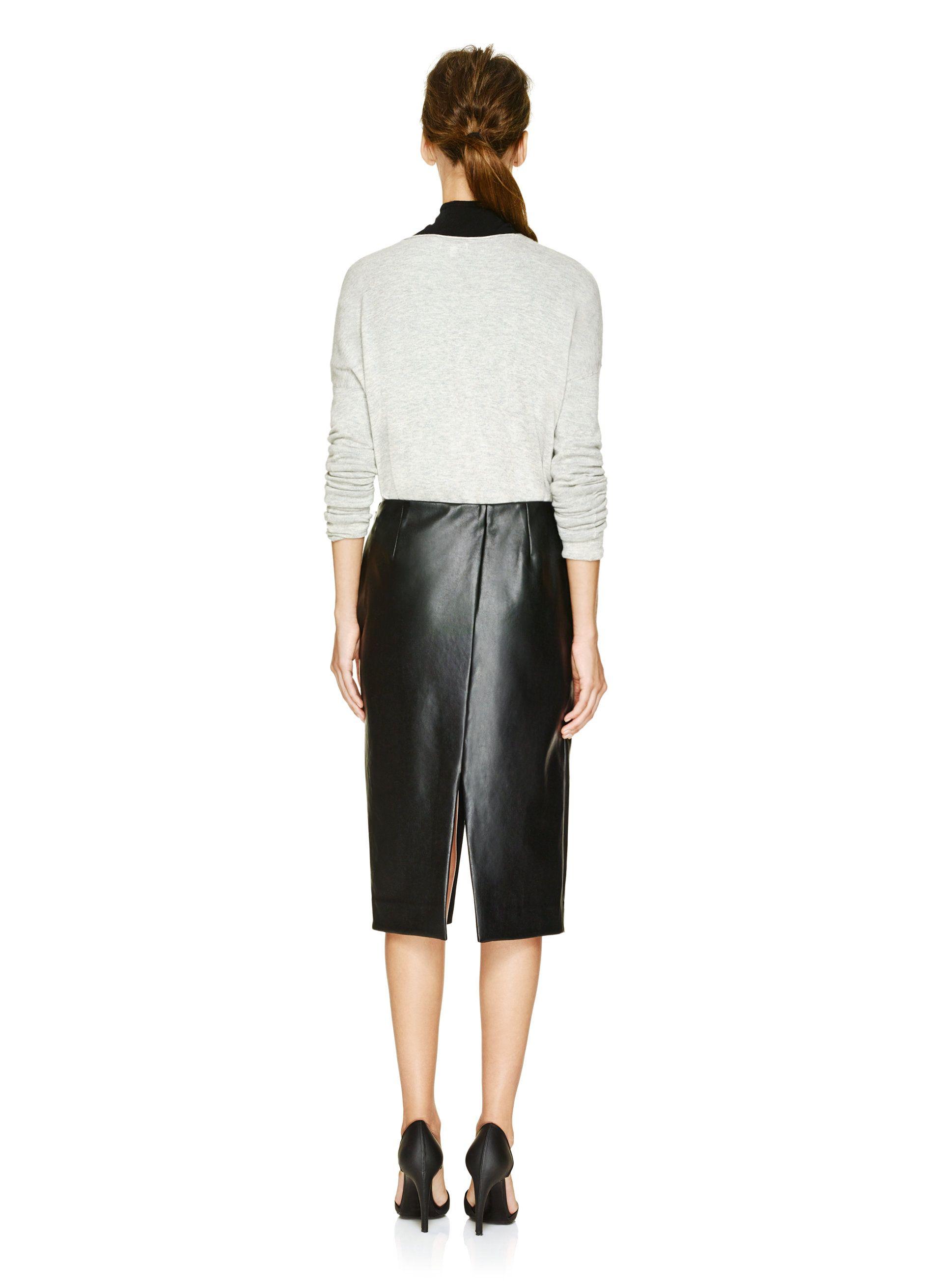 60a016d2a2 Babaton JAX SKIRT | Aritzia | C L O S E T | Skirts, Pleated skirt ...