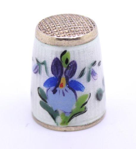 Antiker FINGERHUT Aus Silber 925 Mit Blumenmuster Emailliert Schneiderei Emaille | eBay / Feb 27, 2014 / EUR 50.00