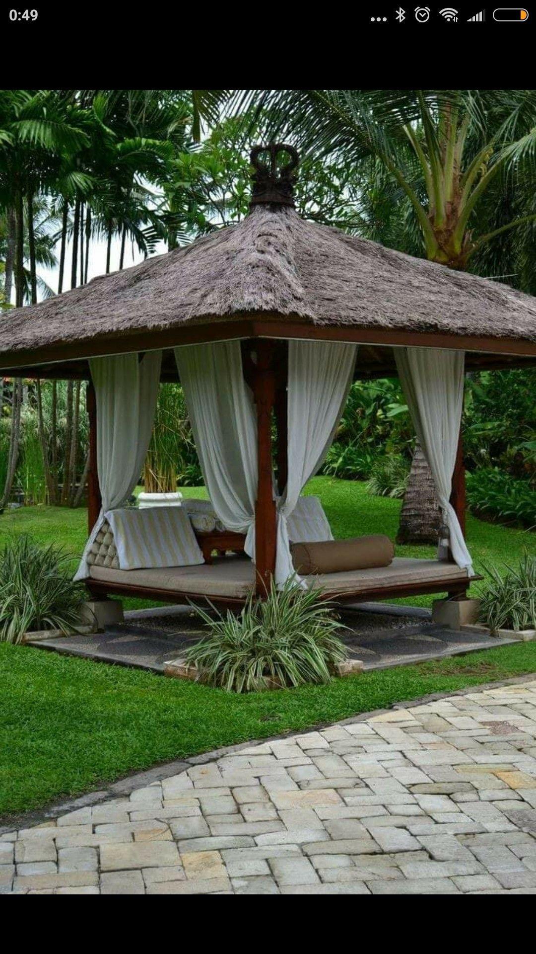 Pin von vitaliya auf garten - Bambus gartenhaus ...