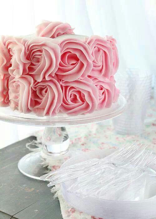 Vaaleanpunainen ruusukakku