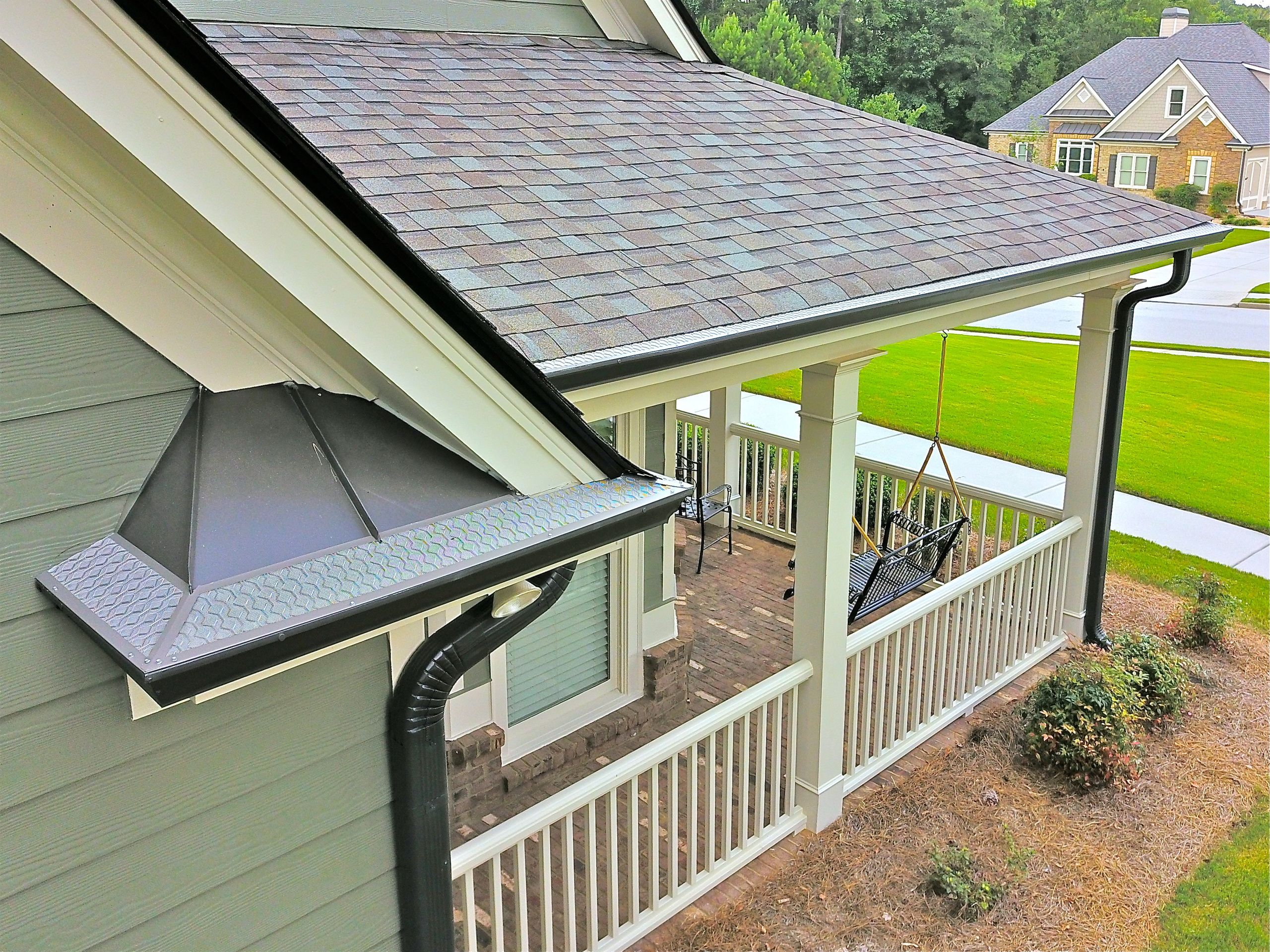 Need New Gutter Guards Get A Free Quote Today For Our 304 Marine Grade Diamond Guards Gutter Protection Gutter Guard Seamless Gutters