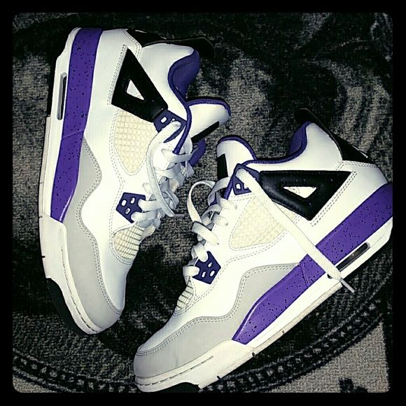 a67b63683c8 Jordans IV 9/10 Used Condition. Sz 6.5Y Reposhing. Just Received. Not my  Size. White & Violet (purple) Jordan Shoes Sneakers