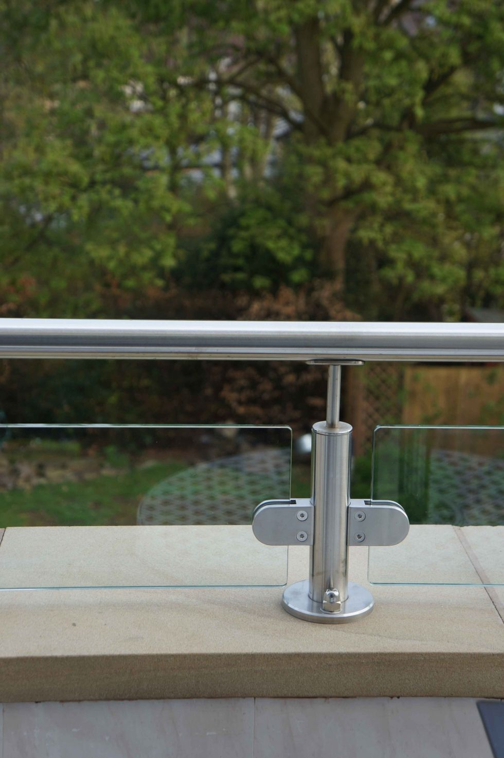 Best Stainless Steel And Glass Handrail Exterior Glass Balcony 400 x 300
