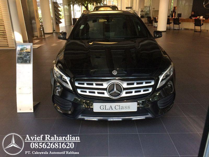 Jual New Mercedes Benz Gla 200 Amg Line Tahun 2020 Mercedes Benz