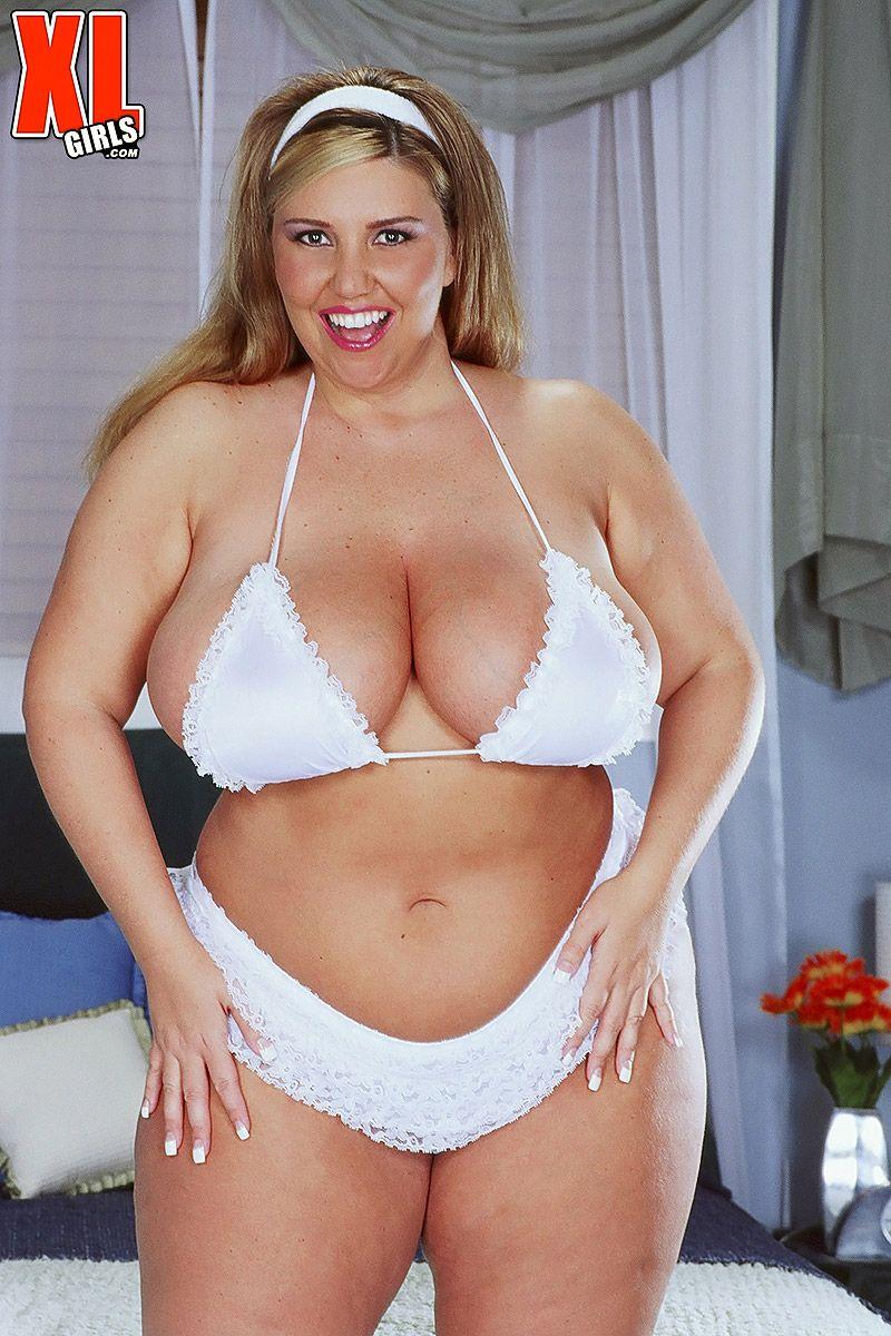 Blonde xl girls bbw bikini