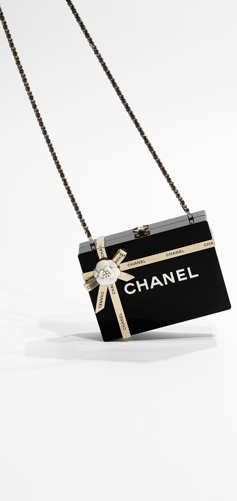 bf0c2cad1d5d8e Chanel bag of dreams, oh my! (It looks like a gift-wrapped Chanel box)