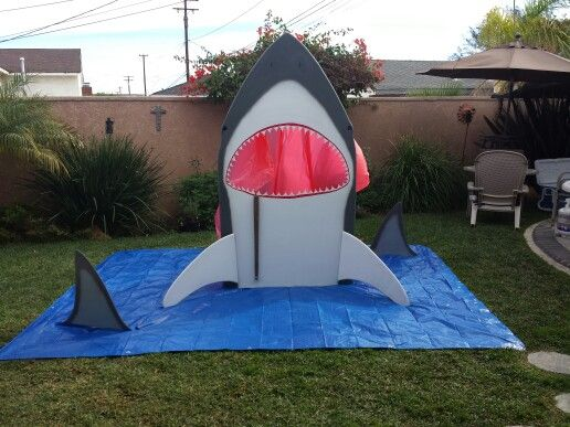 This Shark Cut Out Is Made From 3 4 Inch Cabinet Grade Plywood It Was Used For Photos Of Kids In Mouth And A Fish Toss Game See How Many You Can