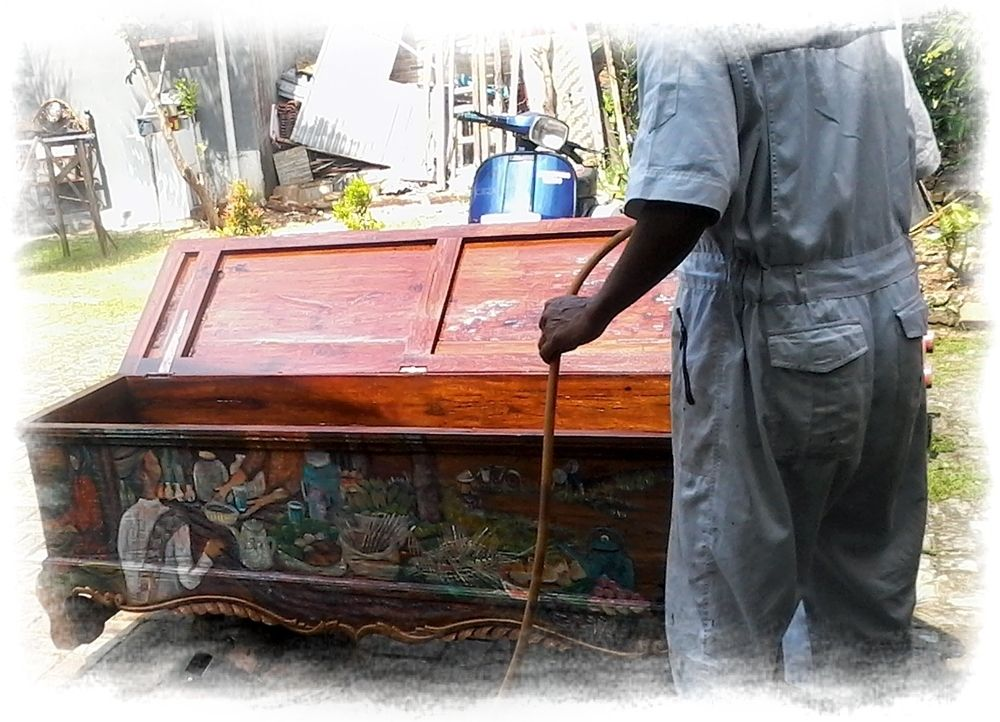Yucca Rose Artistry at Rumah Kreatif, Tanah Baru, Java - Indonesia - original Indonesian wooden chest - first completely restored, then painted with various scenes of Indonesian lifestyle and nature and finalized with a clear glossy finish…