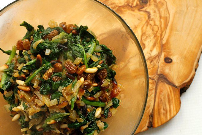 Real Food Fridays #62 - Lydia's Flexitarian Kitchen Spinach with Pinenuts and Raisins #fall #glutenfree