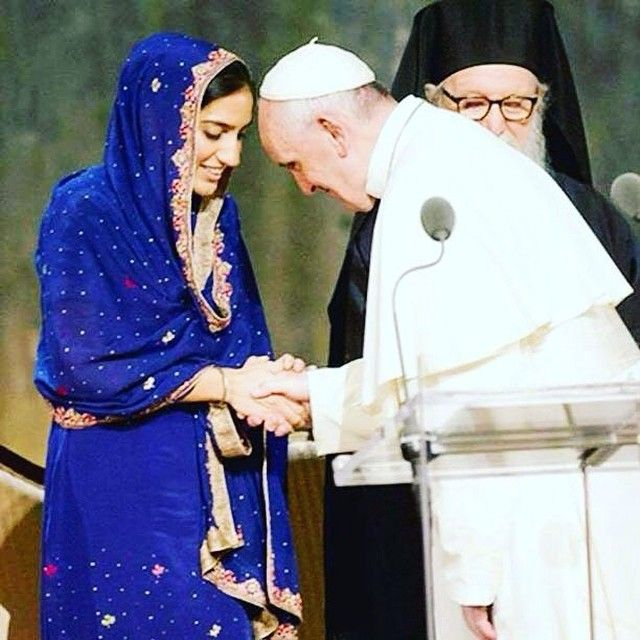 """picture of the day Repost via @sikhlens Image of the Day Valarie Kaur """"A single image from Pope Francis' visit to America is seared in my mind. At an interfaith service at the 9/11 Memorial the Pope paused on stage when he metGunisha Kaur a fellow Sikh woman who has fought tirelessly for human rights and is now carrying her first child. The Pope lowered his head lifted his palms and offered a blessing for her baby. The symbolic power of that moment brought meto tears. Here at the 9/11…"""