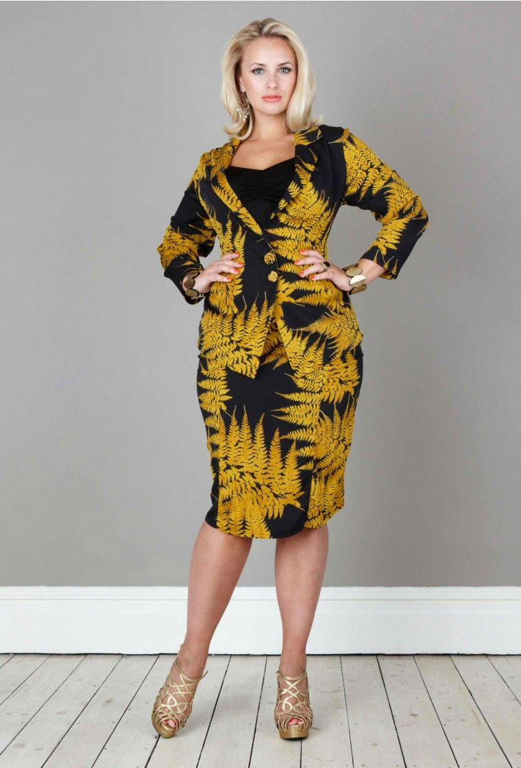 f16952420b2 Anna Scholz Double Silk Blazer with matching silk pencil skirt ...