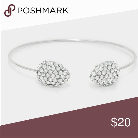 ✨Crystal Pave Cuff Bracelet✨ Crystal Pave Dome tip cuff bracelet  *perfect for any look!  *2 available!  *clear rhodium  *size: 0.5 H haia Jewelry Bracelets