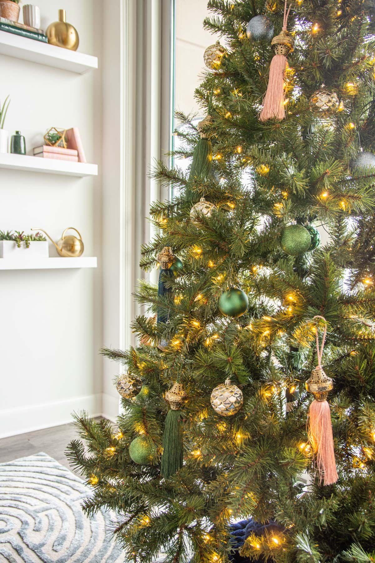 Meghan's Jewel-Tone Christmas Tree in Midtown Atlanta ...