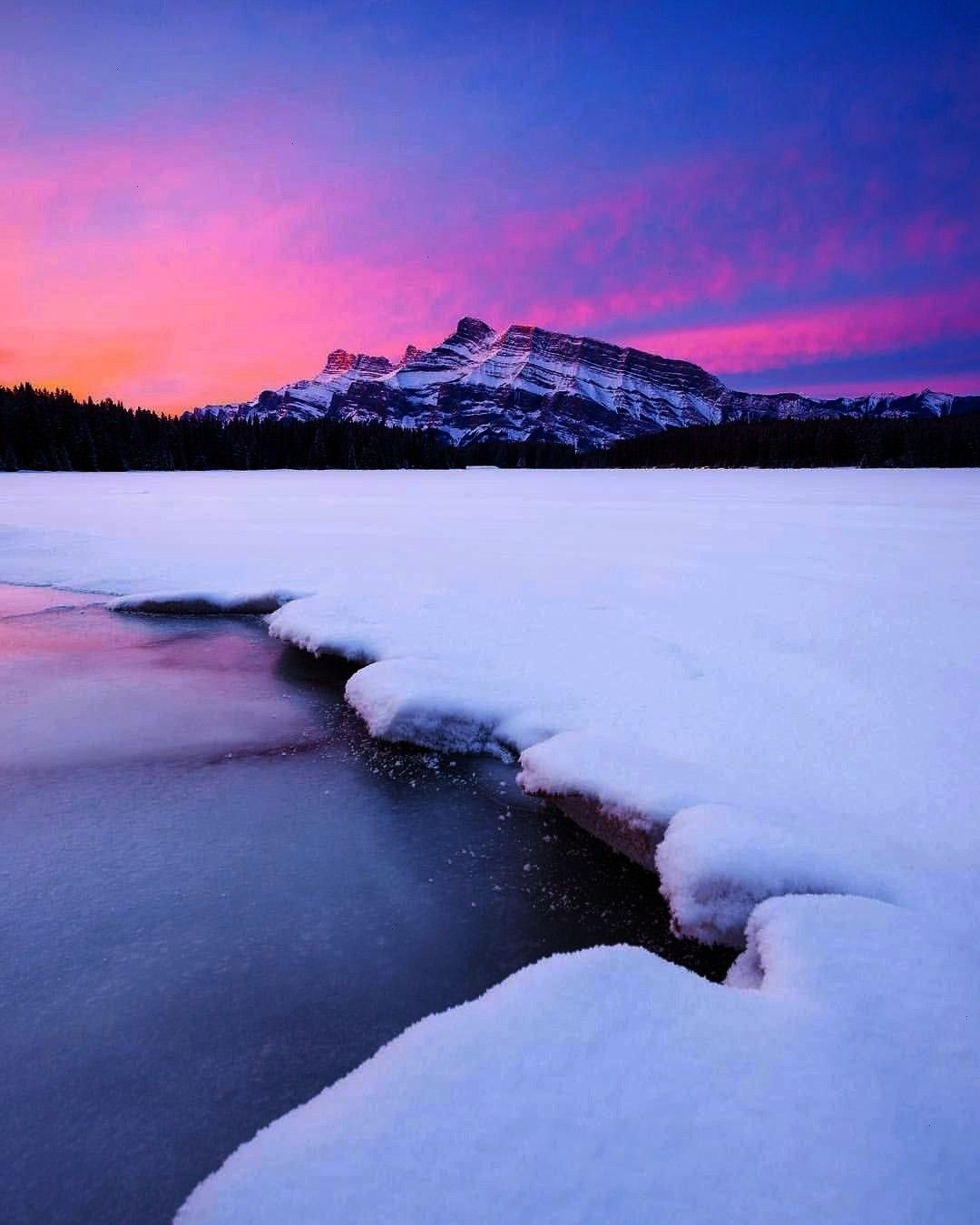 "Instagram: ""Perfect pink sunrises in Banff! I'm excited to get back to my Can... Callum Snape o"