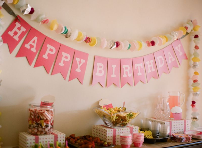 Pink diy cupcake birthday party paper banners cupcake for B day party decoration ideas