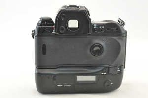 Excellent-Nikon-F5-35mm-SLR-Film-Camera-Body-from-Japan-SS203