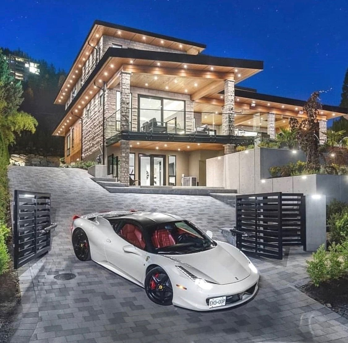 Pin By 818 288 3809 On Modern Architecture Luxury Homes Dream Houses Modern Mansion Dream House Exterior