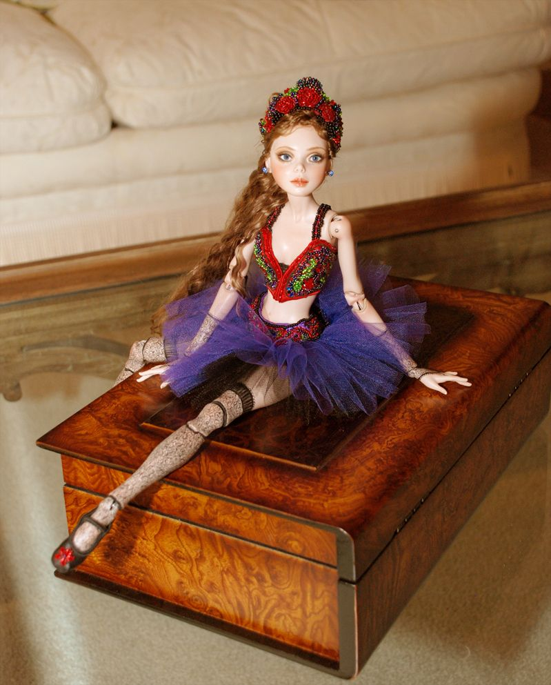 Cindy McClure Dolls, Artist, Sculptor, and Illustrator: How to put a Ball Jointed Doll BJD together by Cindy McClure