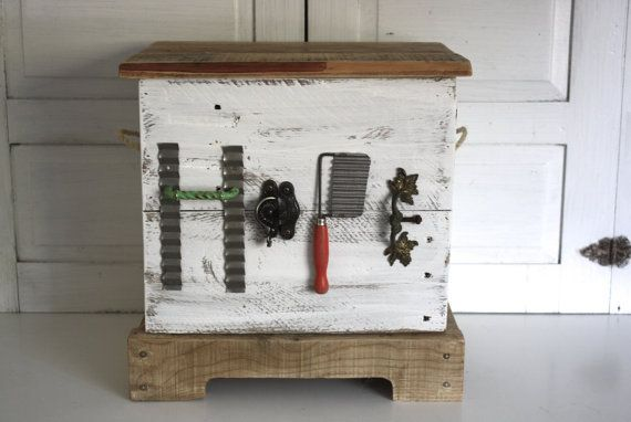 Check out this item in my Etsy shop https://www.etsy.com/listing/254039832/reclaimed-wood-junk-chic-hope-chest-wood