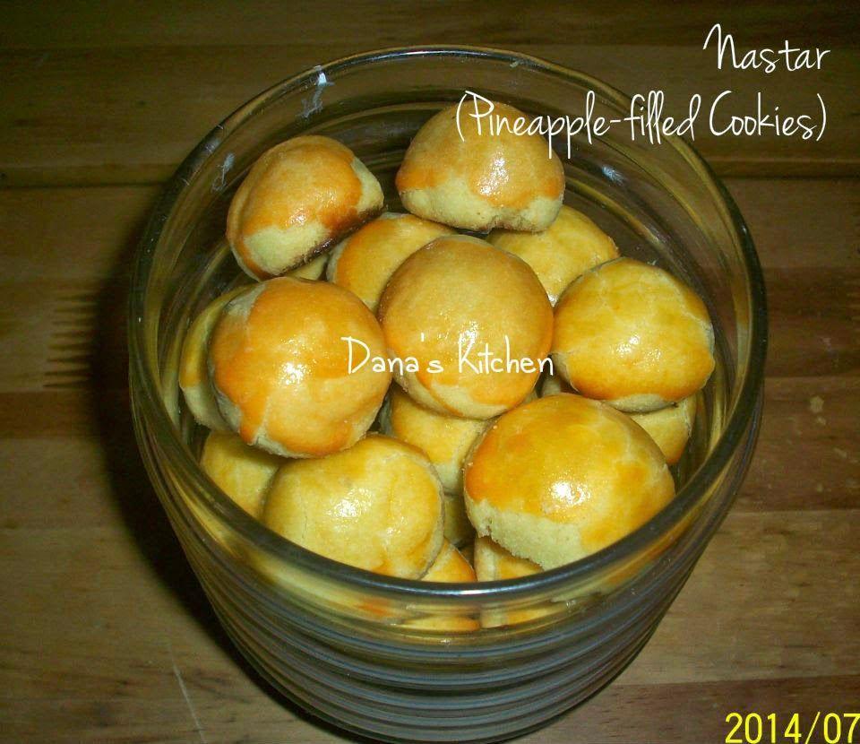 Dana\'s Kitchen: Nastar (Indonesian Pineapple-filled Cookies) | Yum ...