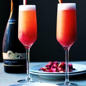 Homemade Raspberry Liqueur Elixir #raspberryvodka