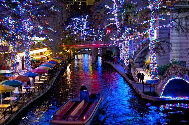 christmas tree lighting san antonio tx 2012
