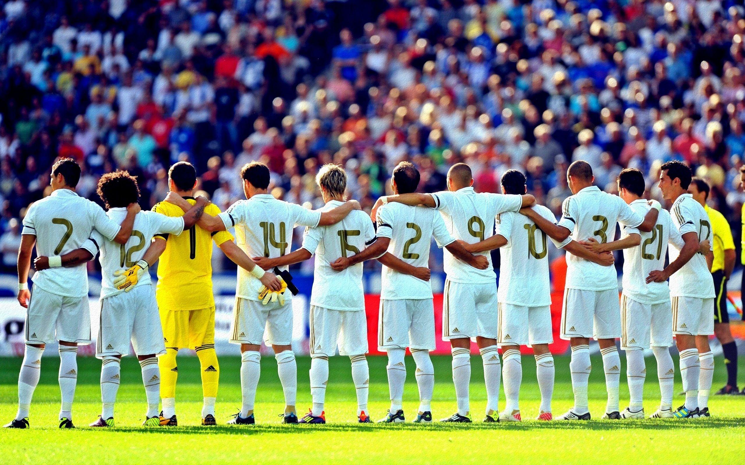 Real Madrid Team Spirit HD Wallpapers