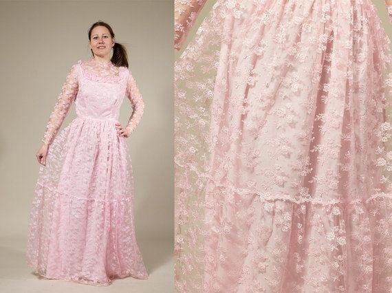 Pink Lace Wedding Dress Photo Album - Reikian