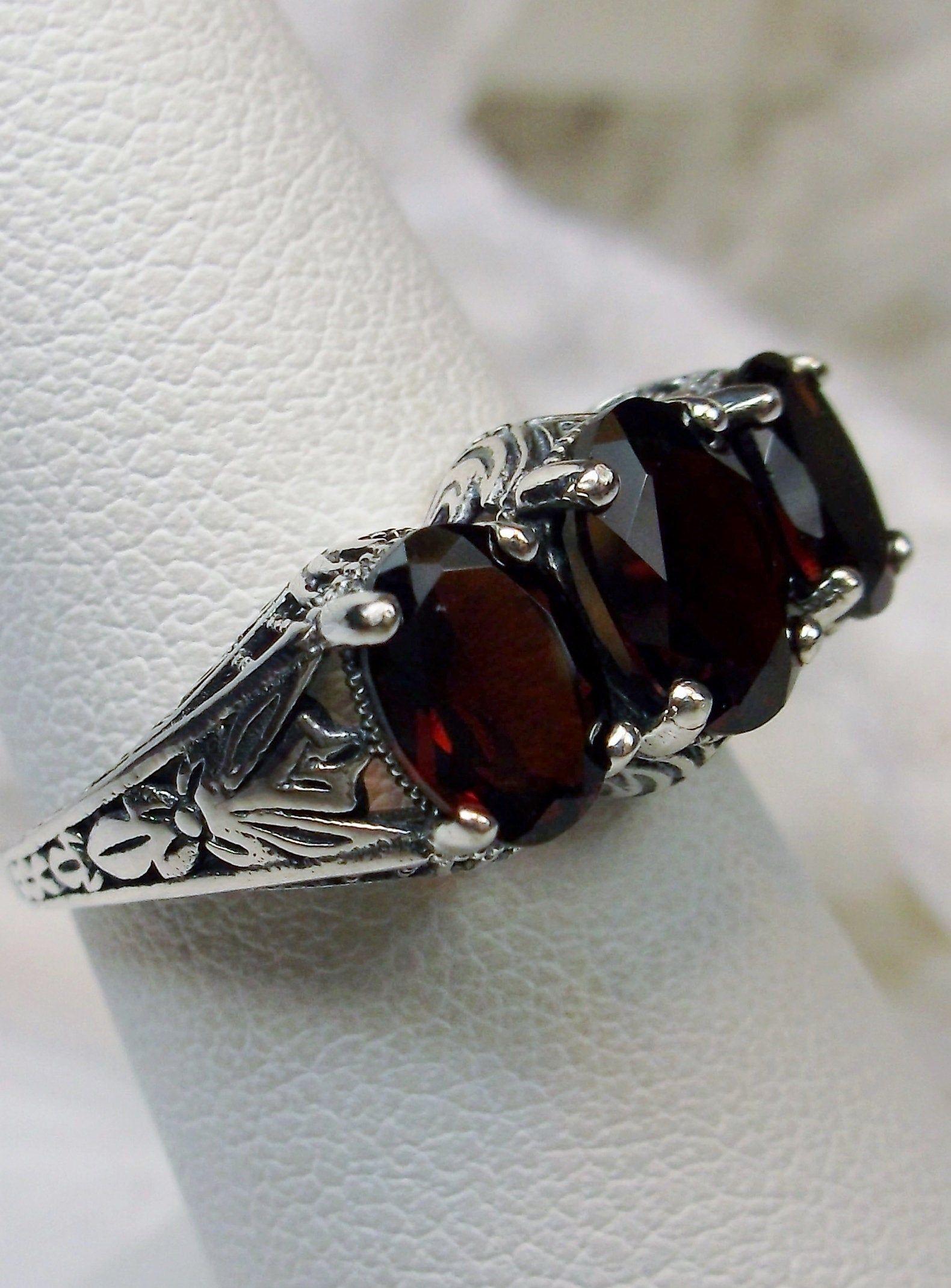 Vintage Sterling Silver Natural Red Garnet Ring Size 8