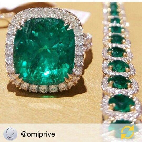 Emerald and Diamond jewelry