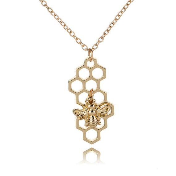 Photo of MAJA | Gold Indie Boho Halskette Halskette mit Wabenbiene Anhänger / Golden Gypsy Hippie Minimal Halskette Wabenbiene Anhänger