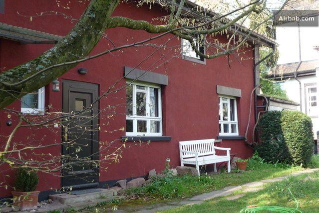 Karlsruhe: Eingang zum Ferienhaus