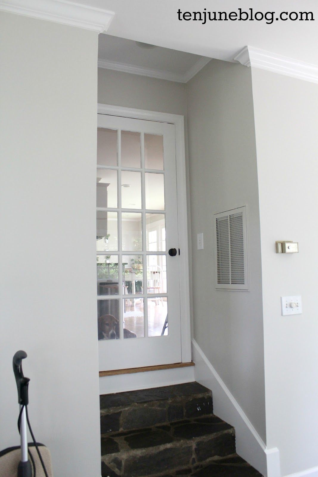 behr mineral paint color in eggshell finish main interior on behr paint colors interior id=40515