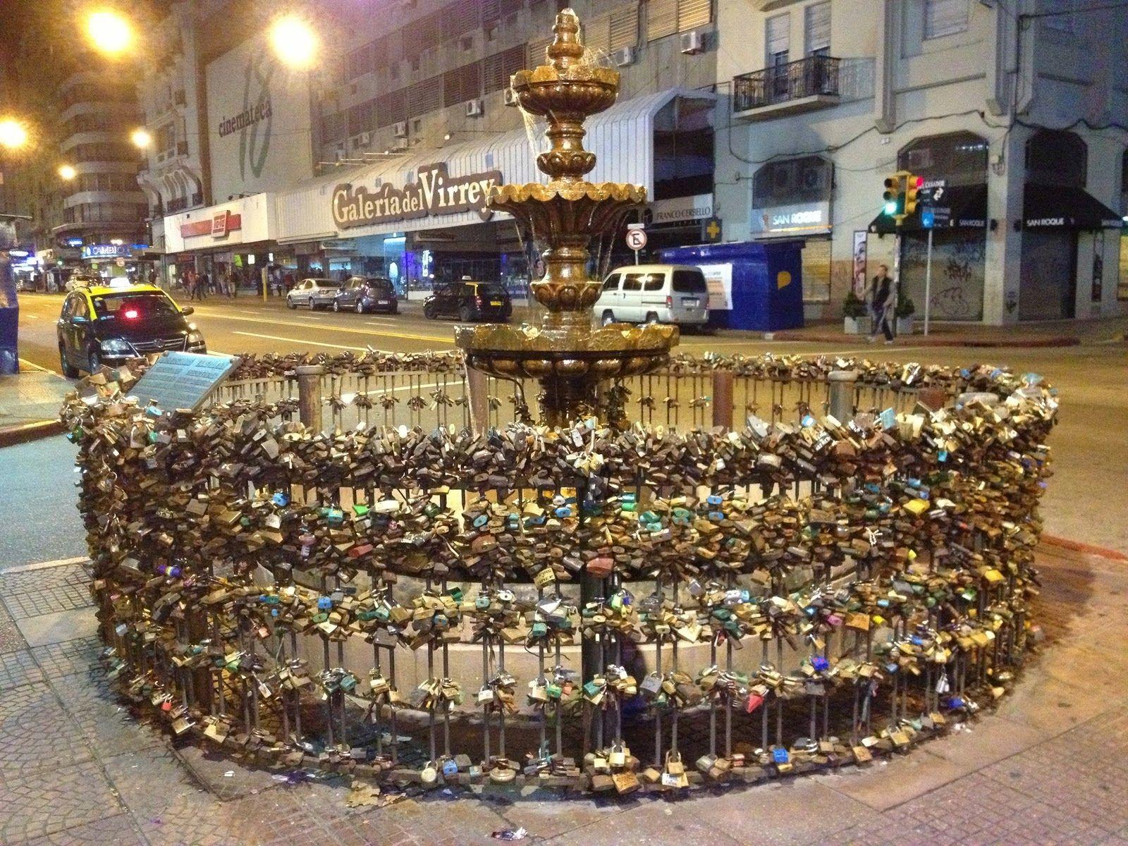 Fuente de los Candados - Montevideo - Uruguay