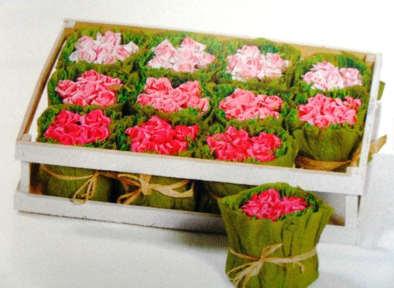 plateau fleurs papier cr pon rose papier cr pon pinterest fleur papier crepon papier. Black Bedroom Furniture Sets. Home Design Ideas