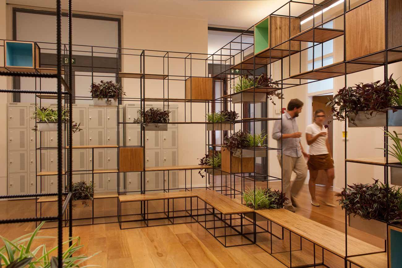 trinca escola eleva espa o de conviv ncia dos alunos ideias espa os internos pinterest. Black Bedroom Furniture Sets. Home Design Ideas