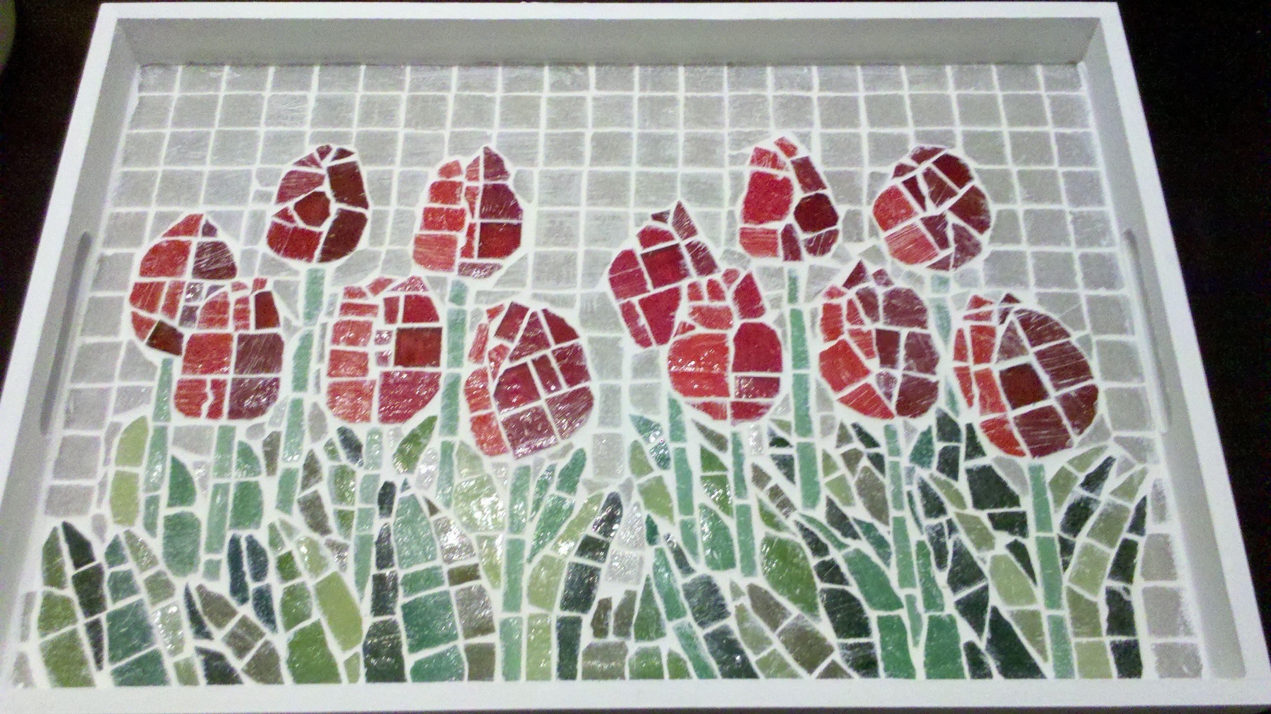 mosaic tray http://www.pinterest.com/gamacom/