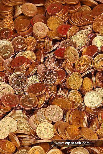 Gold coins chocolate by wprasek, via Flickr #GoldCoins #GoldBullion #GoldInvesting