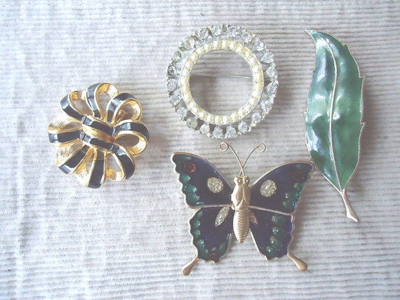 Vintage Set Of 4 Pendants