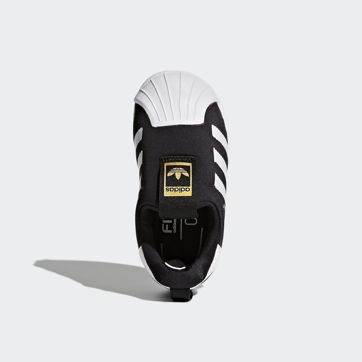 chaussures adidas fille 24