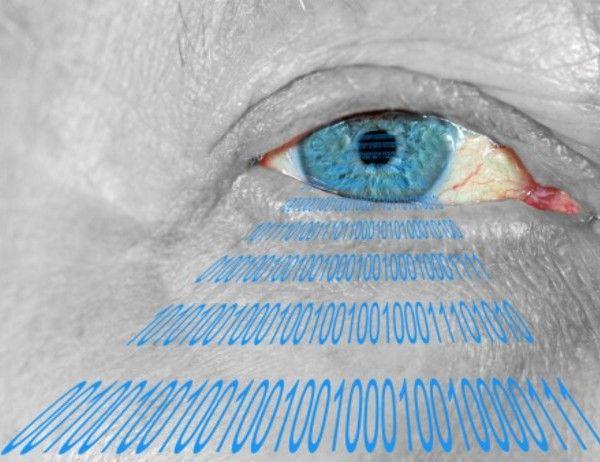 Un ojo biónico restaura la vista a un invidente